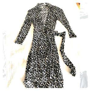 Maggie London Wrap Dress B&W